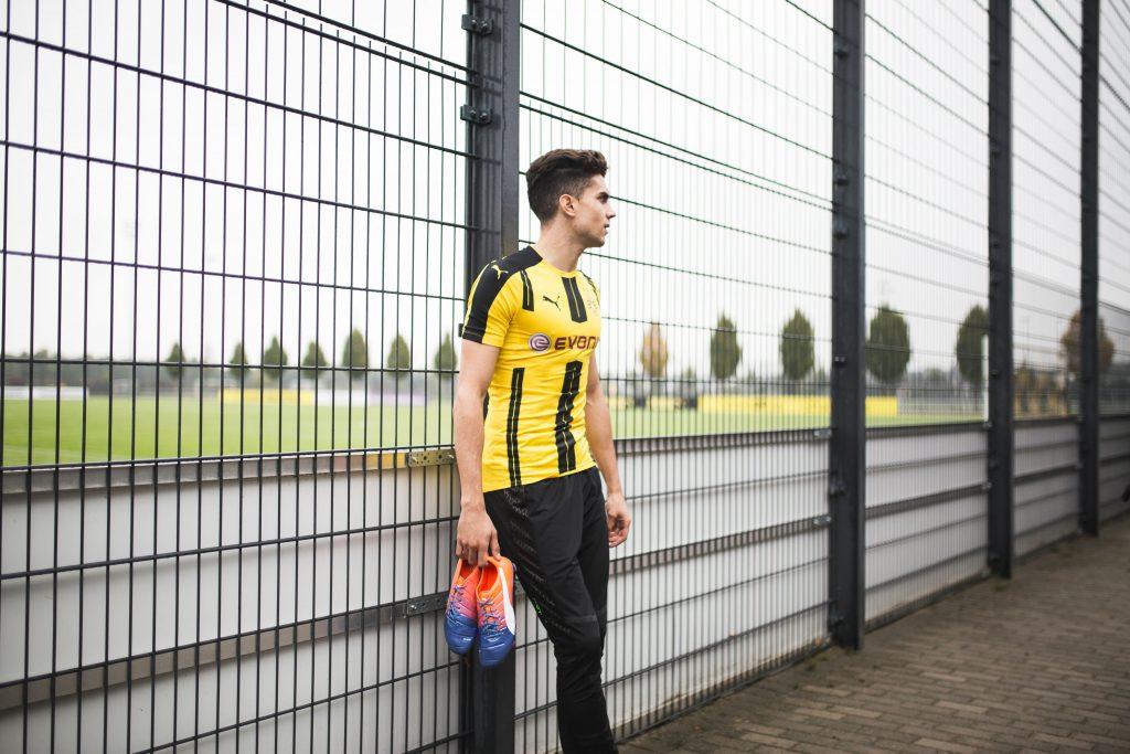 Puma angelt sich Dortmunds Marc Bartra