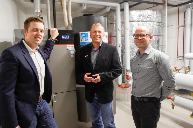 SVR-Infrastrukturvorstand Thomas Gahleitner, Günther Huemer (Mitglied der Geschäftsleitung bei Guntamatic) und SVR-Infrastrukturvorstand Bmst. DI Andreas Leithner (von links).