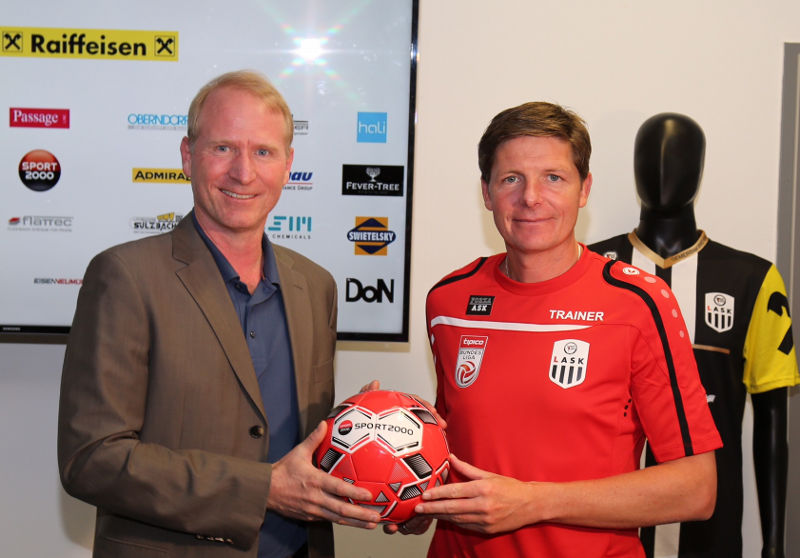 Holger Schwarting und Oliver Glasner (Foto: LASK/Sport2000)