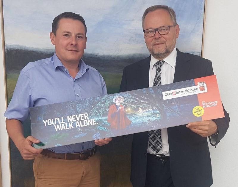 Roland Daxl (Geschäftsführer der SV Ried Fußball GmbH und Finanzvorstand) und Dr. Josef Stockinger (Generaldirektor der Oberösterreichischen Versicherung AG) (Foto: SV Ried)